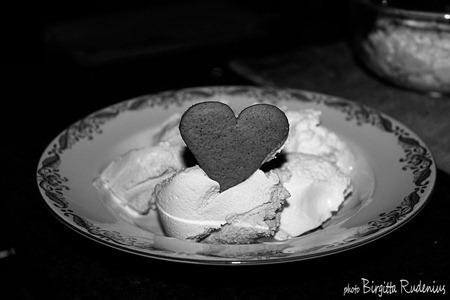 bw_20121209_heart