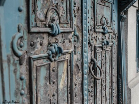 Door - Closed & Locked